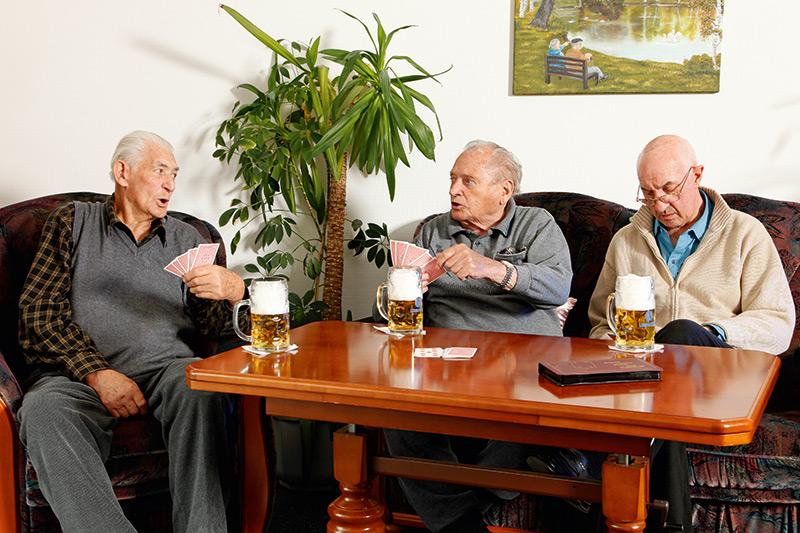 Skatrunde mit Bierchen